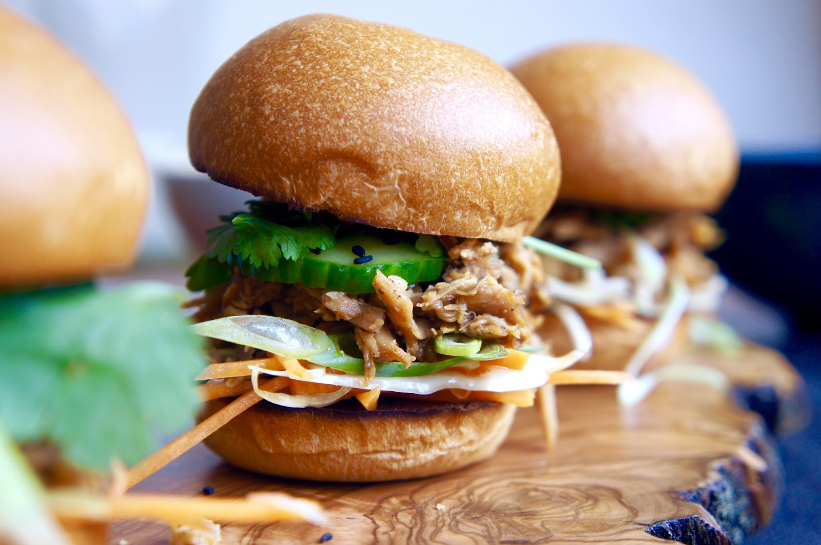 Asian Pulled Chicken Sliders – Notes of Bacon